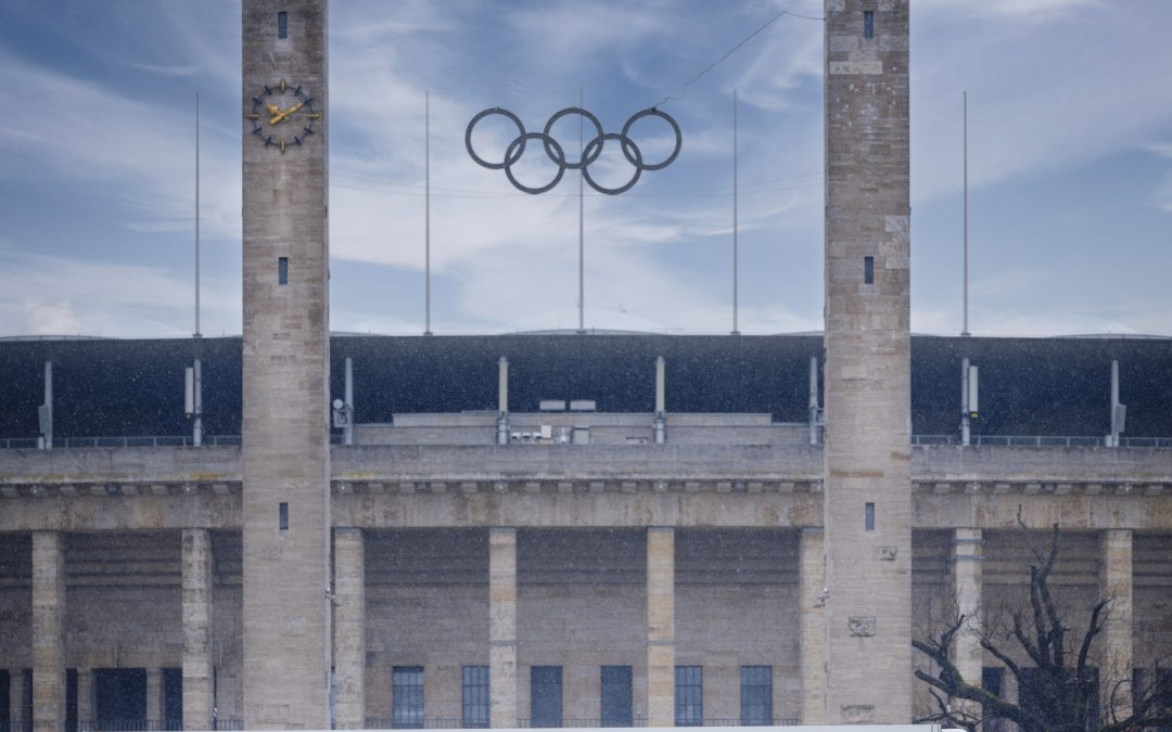 """Werbebotschaft auf Rädern! Die Image-Kampagne zum 11. """"Tag des Deutschen Apfels"""" fährt ab auf Brummis."""